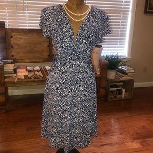DRESS BARN Blue|White Size 8. EUC
